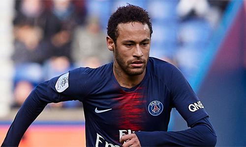 Neymar bày tỏ mong muốn ra đi với giám đốc Leonardo của PSG. Ảnh: Reuters.