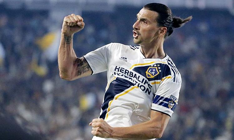 Ibrahimovic lần thứ hai ghi hat-trick ở MLS, sau ba bàn vào lưới Orlando City tháng 7/2018. Ảnh: MLS.
