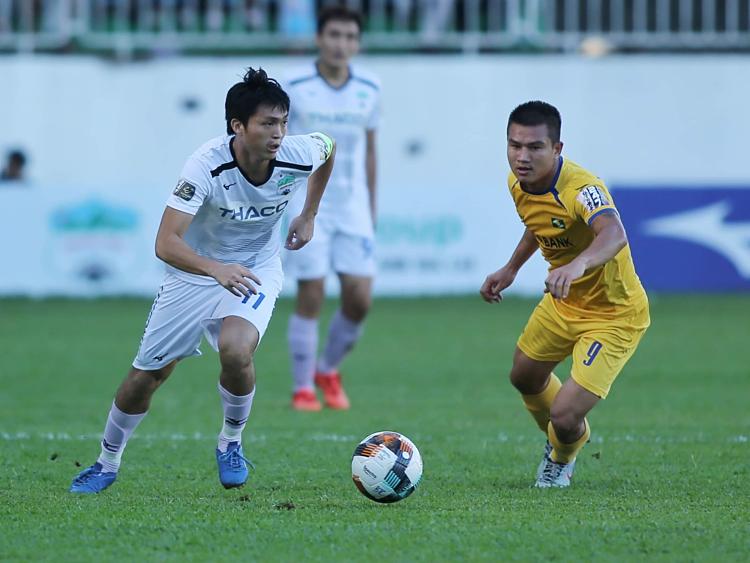 Tuấn Anh ghi bàn đầu tiên ở V-League 2019. Ảnh: Hùng Linh.