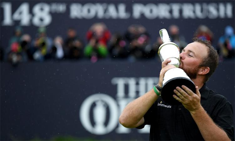 Lowry nâng cao danh hiệu The Open sau chiến thắng thuyết phục với tổng điểm -15. Ảnh: PGA Tour.