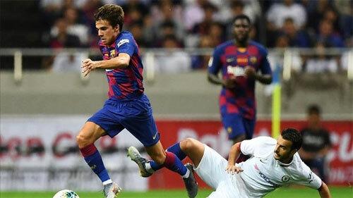 Tiền vệ trẻ Riqui có cơ hội thử lửa ở đội A Barca.