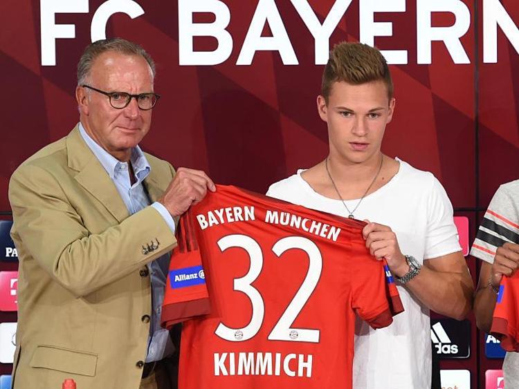 Bayern của Rummenigge từng thành công lớn với những cầu thủ tự đào tạo như Kimmich.