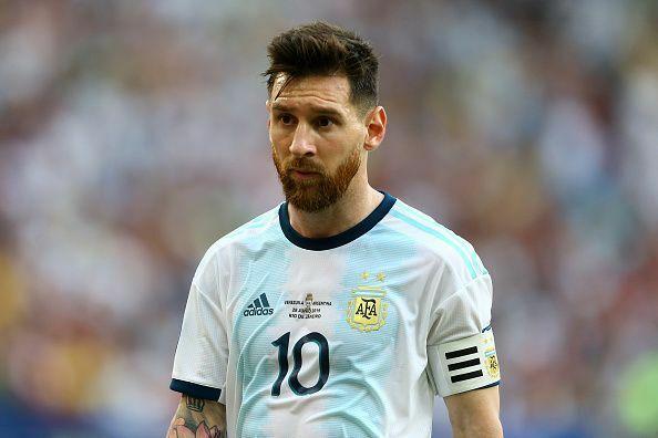 Messi bị cấm thi đấu quốc tế ba tháng