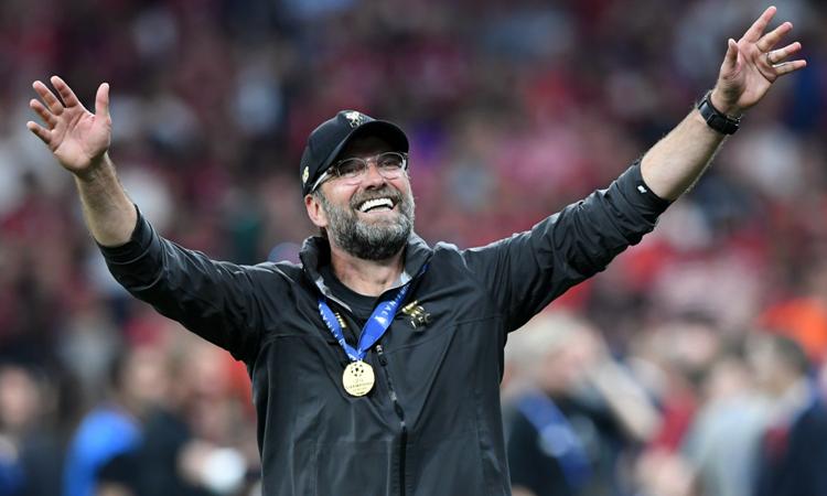 Klopp đeo huy chương, sau chung kết Champions League hôm 1/6. Ảnh: Reuters.