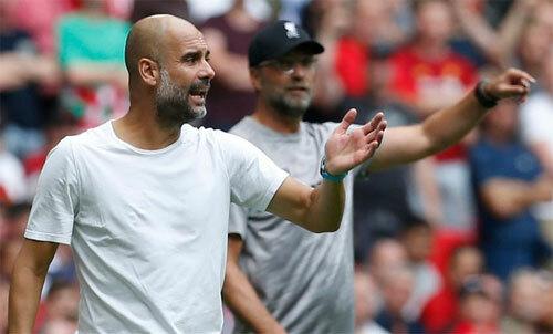 Guardiolakhông thể có trung vệ mà ông muốn tăng cường cho Man City. Ảnh: Reuters