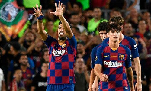 Suarez trở lại và khẳng định tài năng.
