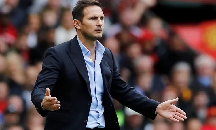 Lampard thất bại trong trận đầu tiên dẫn dắt Chelsea ở Ngoại hạng Anh. Ảnh: Reuters.