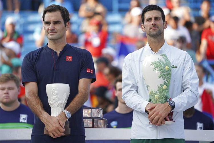 Djokovic hạ Federer ở chung kết Cincinnati năm ngoái. Ảnh: AP.
