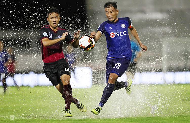Nguyễn Hải Anh (23) góp công lớn trong chiến tích đưa bóng đá Vũng Tàu thăng hạng Nhất. Ảnh: Đức Đồng.