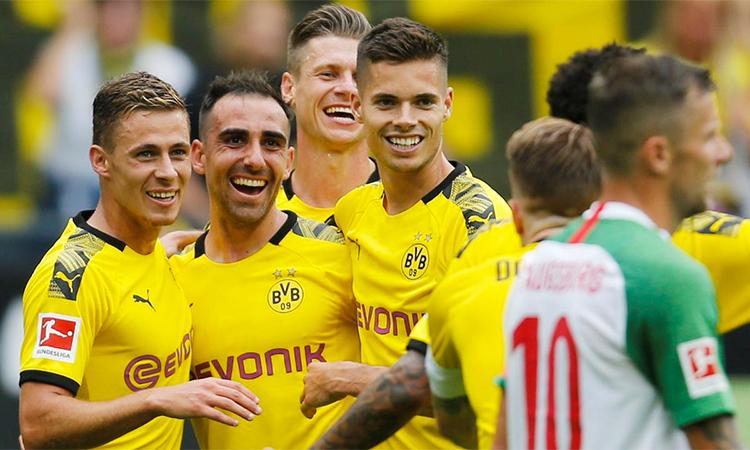 Dortmund khởi đầu mùa giải theo phong cách tấn công tưng bừng quen thuộc. Ảnh: Reuters.