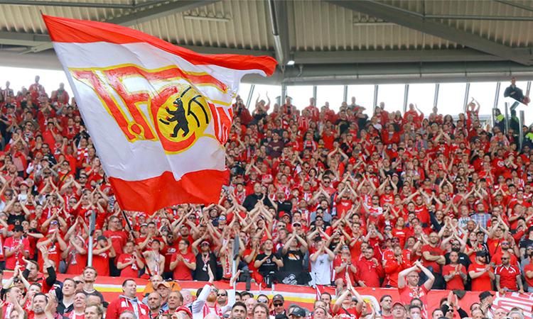 Union Berlin là hình mẫu những CLB Đức đi theo giá trị truyền thống, đi lên từ sự đóng góp của người hâm mộ.