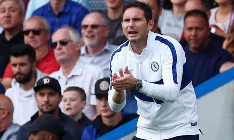 Lampard cho rằng thể lực của Chelsea bị bào mòn bởi trận tranh Siêu Cup châu Âu. Ảnh: AFP.