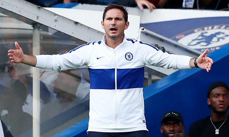 Ngày ra mắt của Lampard tại Stamford Bridge trong vai trò cầu thủ cũng kết thúc với tỷ số 1-1 trước Newcastle tháng 8/2001. Ảnh: Reuters.