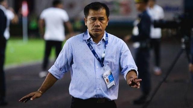 HLV Sasom từng dẫn dắt Thái Lan vô địch giải U16 Đông Nam Á năm 2011.