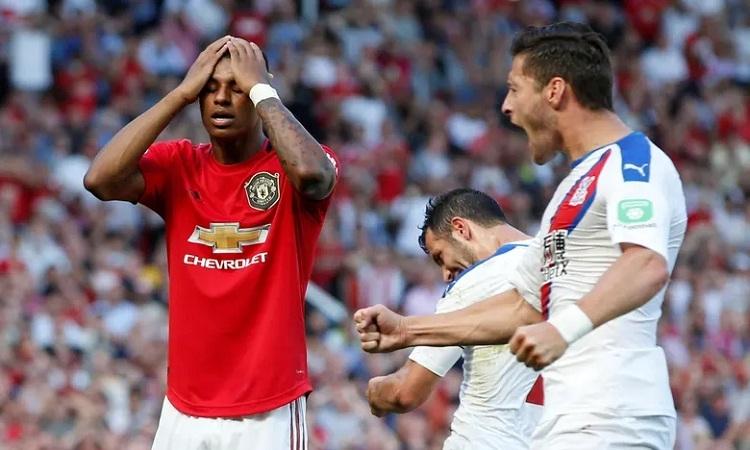 Man Utd thúc thủ ở Old Trafford
