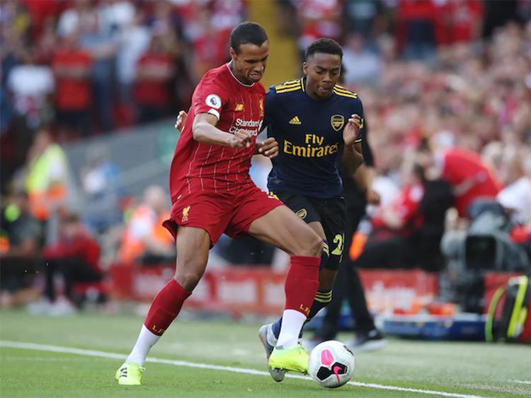 Liverpool gây sức ép lên Arsenal gần như trong mọi pha bóng.