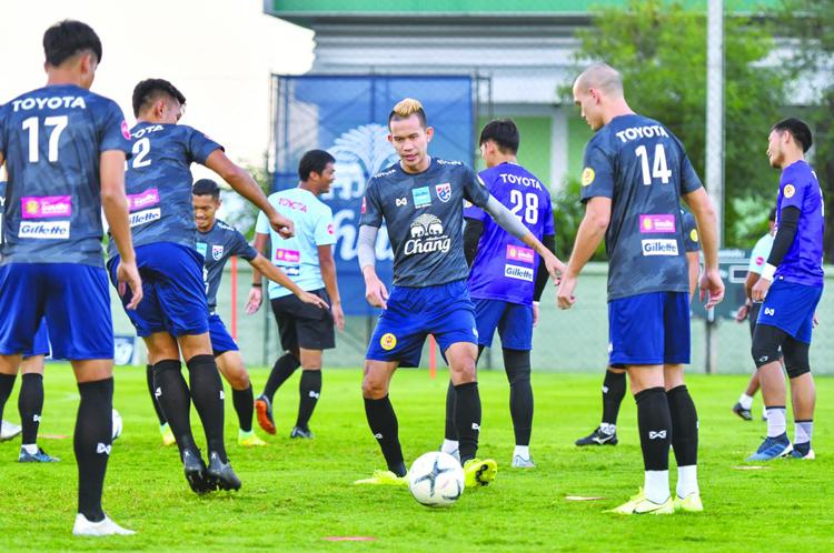 Các cầu thủ Thái Lan cho biết HLVAkira Nishiro có nhiều bài tập mới.