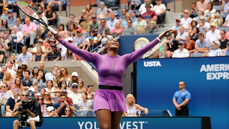 Serena có 20 điểm winner trong trận gặp Muchova. Ảnh: Astro.