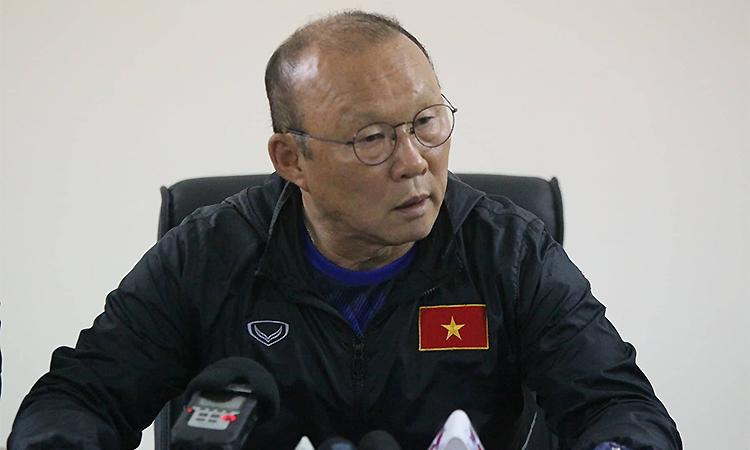 HLV Park Hang-seolo Văn Hậu không được cho về đá SEA Games.