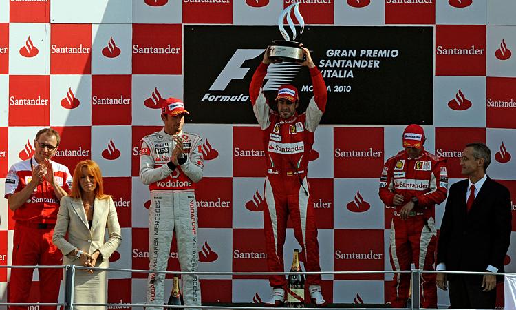 Chiến thắng gần nhất của Ferrari ở Monza là năm 2010, nhờ công Fernando Alonso. Ảnh: Racefans.