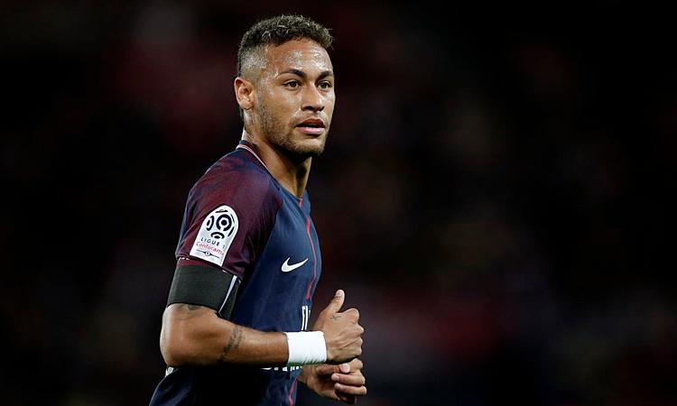 Neymar làm tất cả để rời PSG hè 2019 nhưng bất thành. Ảnh: Reuters.
