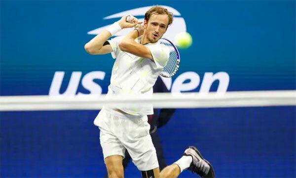Medvedev tiếp đà thắng tiến ngoạn mục trong năm 2019 bằng suất dự chung kết Mỹ Mở rộng. Ảnh: USA Today.