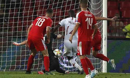 Carvalho ghi bàn cho Bồ Đào Nha. Ảnh: Reuters