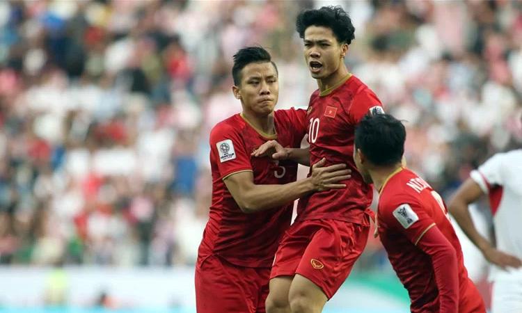 Công Phượng (giữa) được Bangkok United liên hệ hỏi mua. Ảnh: Đức Đồng.
