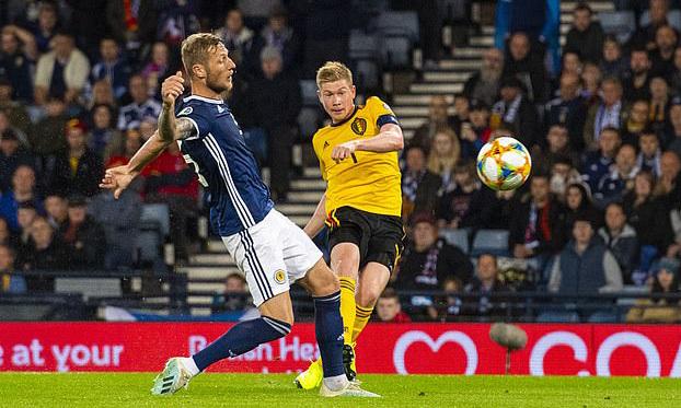 De Bruyne ghi bàn ấn định tỷ số 4-0 cho Bỉ. Ảnh: SNS.