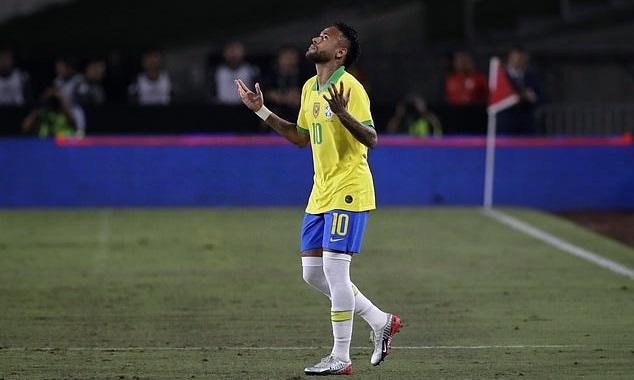 Neymar không thể giúp Brazil vượt qua Peru. Ảnh: