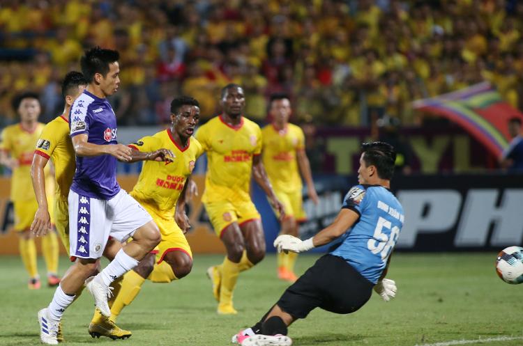 Hà Nội đè bẹp Nam Định ở V-League - ảnh 2