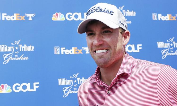 Shelton chơi xuất sắc ở vòng golf đầu tiên được dự PGA Tour theo suất chính thức. Ảnh: AP.