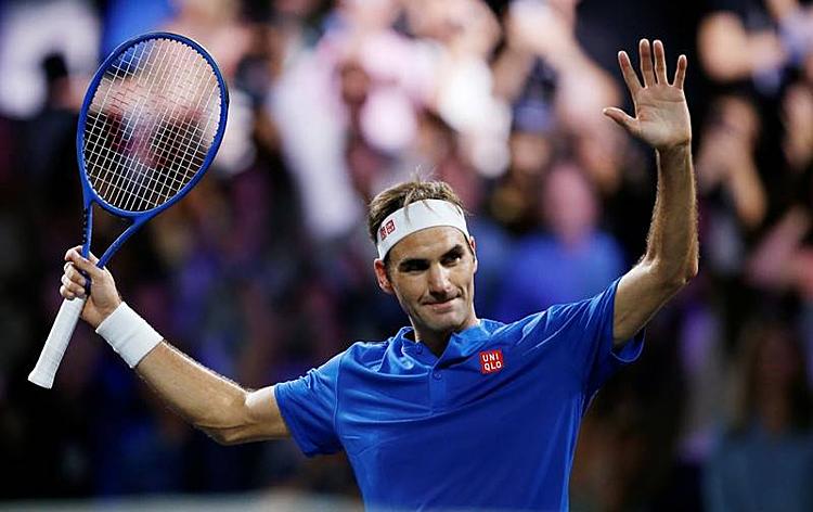 Federer tái lập thế dẫn trước cho tuyển châu Âu. Ảnh: Reuters.