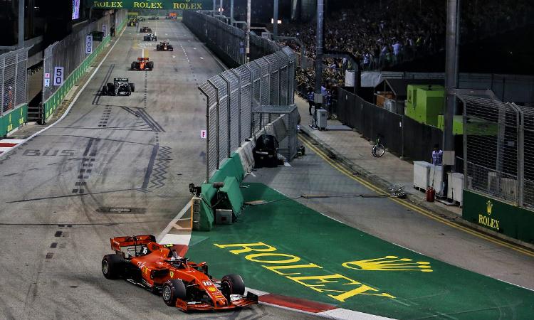 Vettel lần đầu thắng chặng sau hơn một năm. Ảnh: RaceFans.