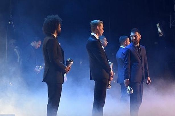 Ronaldo không đến dự lễ trao giải The Best - ảnh 1
