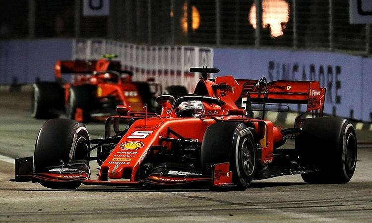 Ferrari có thể đề nghị Vettel trả lại vị trí dẫn đầu cho Leclerc, nhưng điều đó có thể ảnh hưởng với mối quan hệ giữa hai tay đua. Ảnh: XPB.