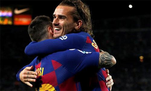 Messi và Griezmann phối hợp đem lại bàn thắng cho Barca. Ảnh: Reuters