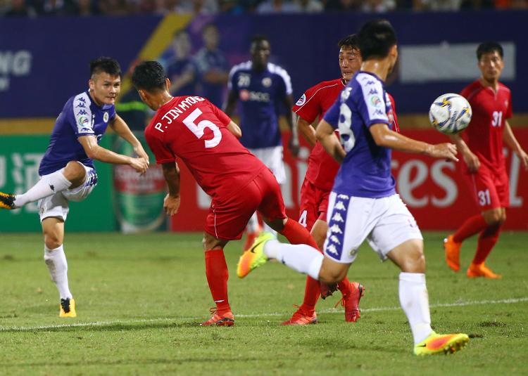 Hà Nội hoà 4.25 sau hai trận (2-2 và 0-0), bị loại bởi luật bàn thắng sân khách.