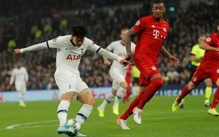 Bàn mở tỷ số của Son là lần tận dụng cơ hội thành công duy nhất của Tottenham trong hiệp 1. Ảnh: Guardian.