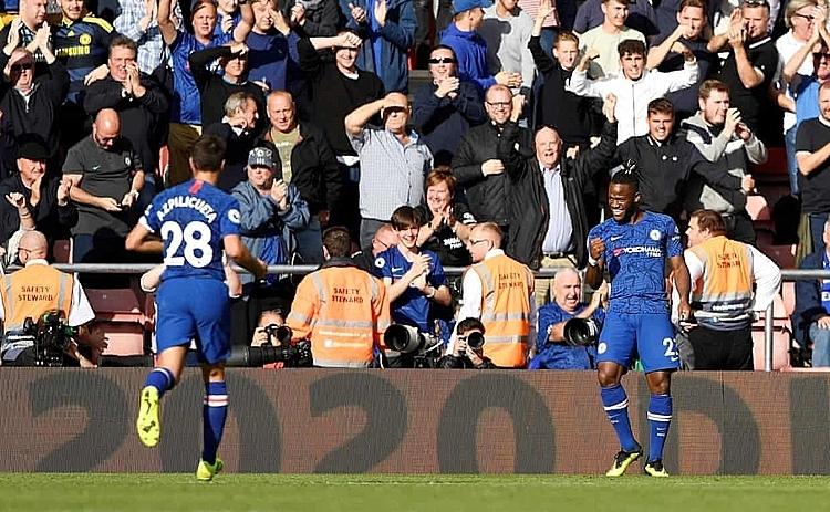 Chelsea cho thấy hình ảnh của một tập thể tự tin và trẻ trung lúc này. Ảnh: Reuters.