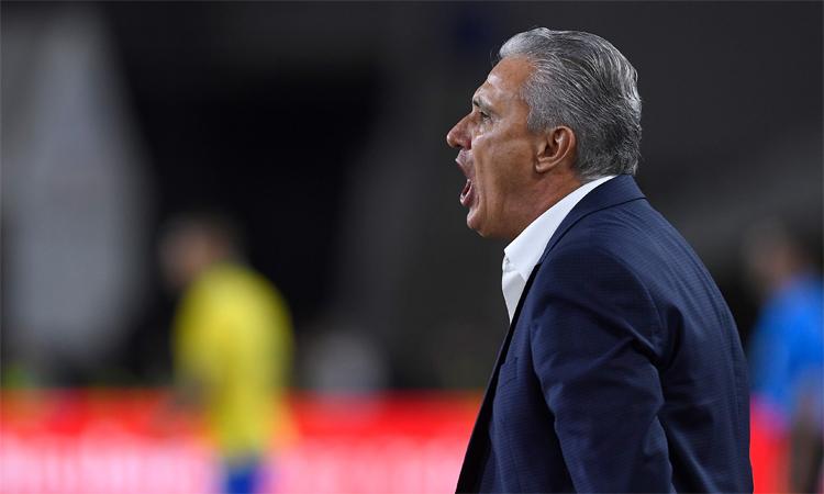 Tite thất vọng với cách các học trò chơi thiếu cố gắng trước Senegal. Ảnh: Reuters.