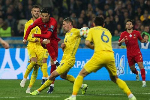 Ukraine hạ Bồ Đào Nha, giành vé dự Euro - ảnh 3