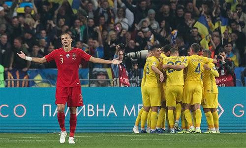Ukraine hạ Bồ Đào Nha, giành vé dự Euro - ảnh 2