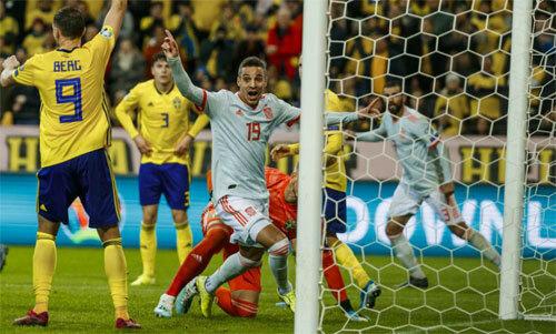 Rodrigo đưa Tây Ban Nha tới Euro.