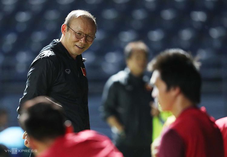 Dưới sự dẫn dắt của HLV Park Hang-seo, bóng đá Việt Nam đạt được những cột mốc chưa từng có trong lịch sử. Ảnh: Đức Đồng.