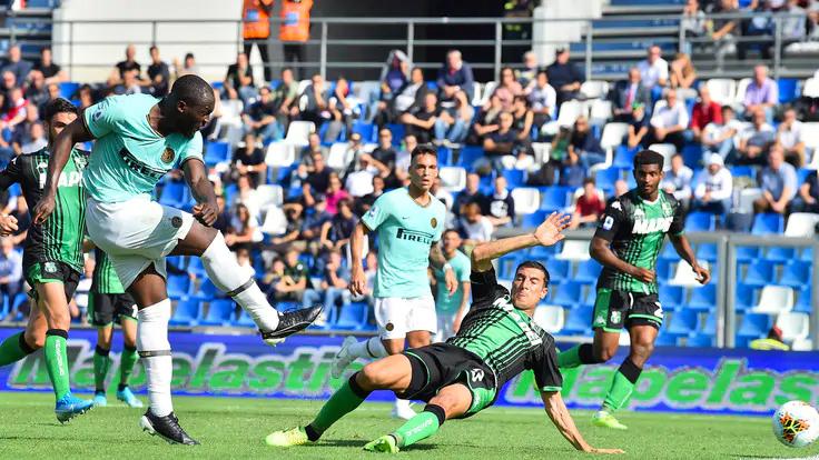 Lukaku đang lấy lại duyên làm bàn mà anh từng mất trong giai đoạn cuối ở Man Utd. Ảnh: LaPresse.