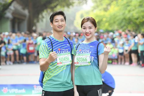 Nghệ sĩ Việt tham gia giải chạy VPBank Hanoi Marathon - ảnh 3