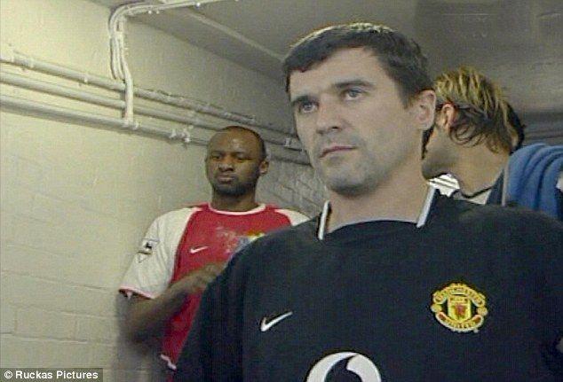 Roy Keane khó chịu vì cầu thủ Man Utd ôm kình địch Liverpool - ảnh 2