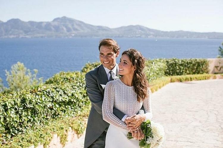 Nadal và Xisca hạnh phúc trong ngày cưới. Ảnh: Tennis World.