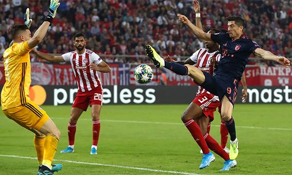 Bayern thắng ngược trên sân Olympiakos - ảnh 1
